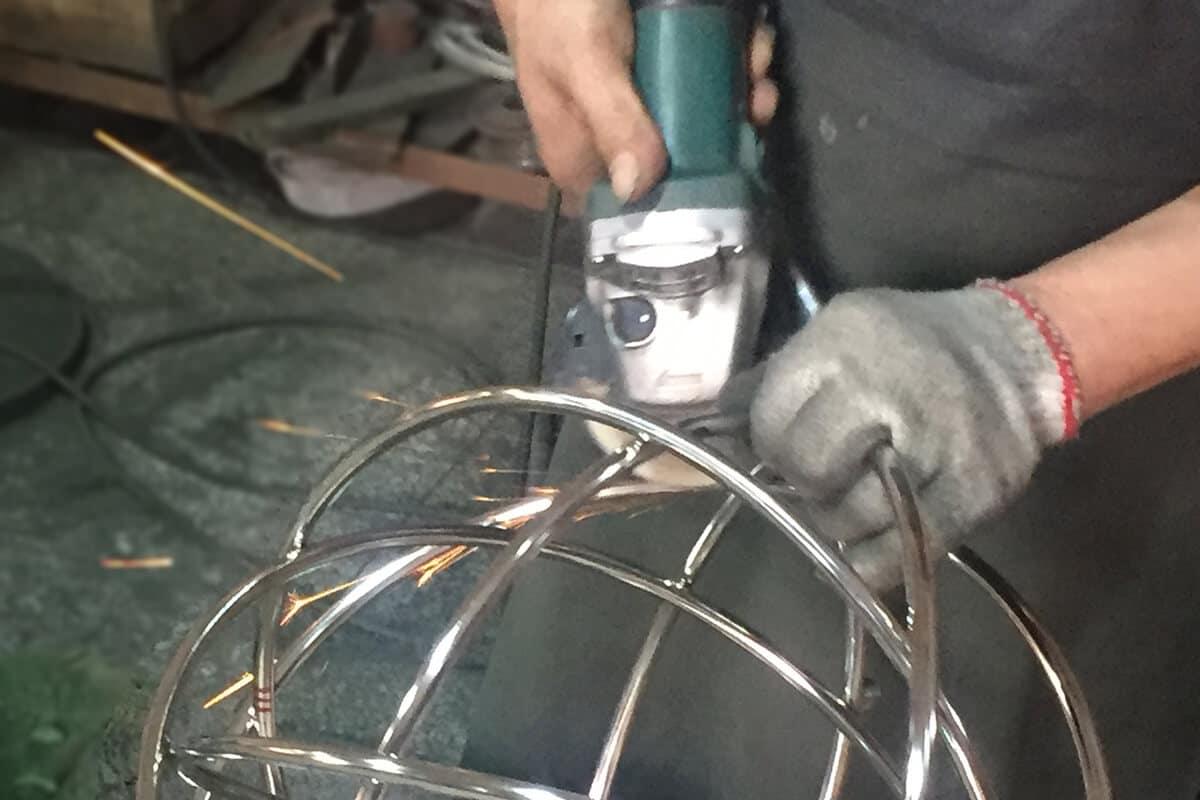custom lighting ultimate guide - metal part polishing