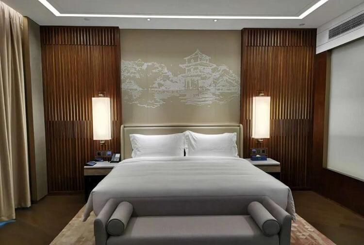Goodlux custom hotel room lighting 2