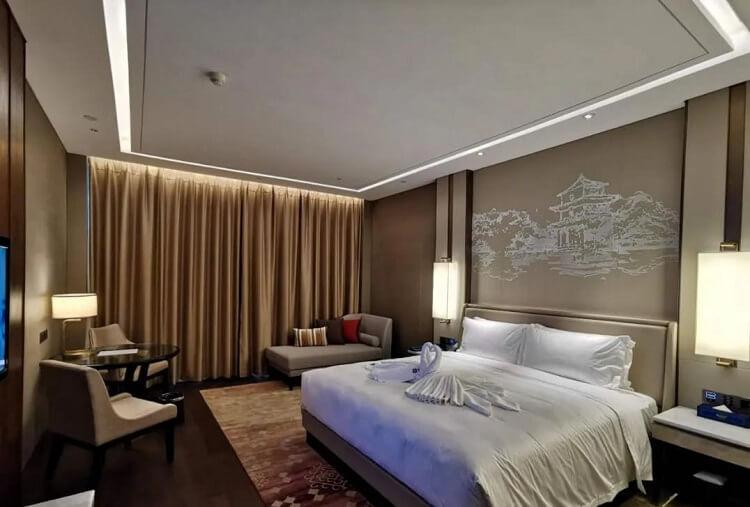 Goodlux custom hotel room lighting 3
