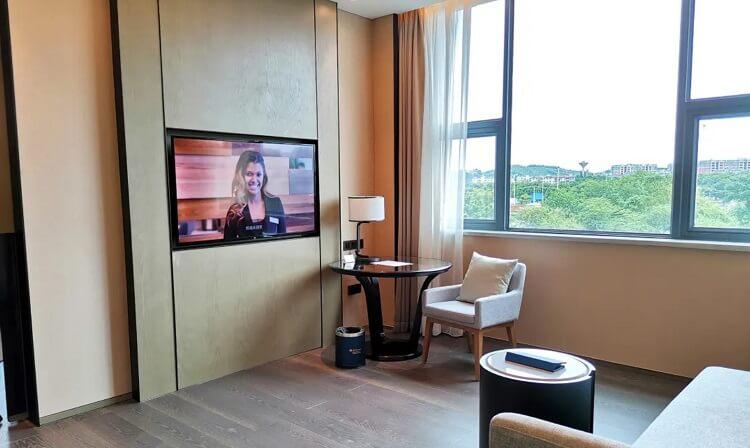 Goodlux custom hotel room lighting 6