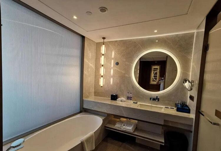 custom pendant light and mirror light for hotel bathroom1