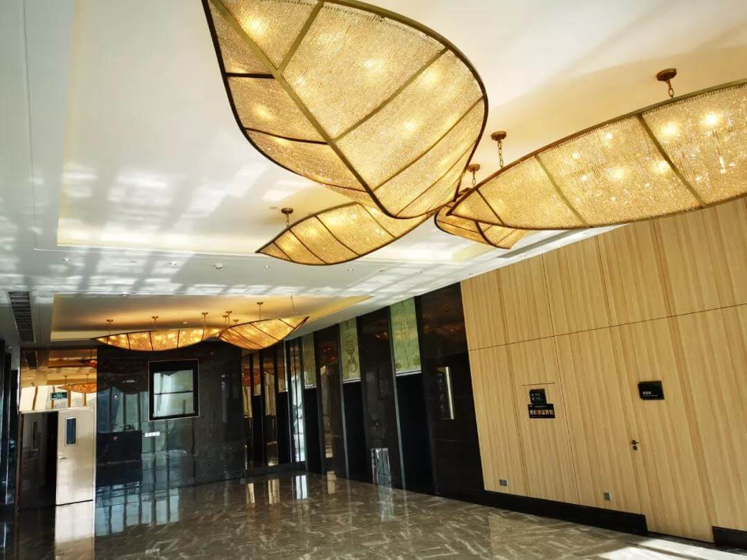 Goodlux custom leaf shape chandelier for elevator hall