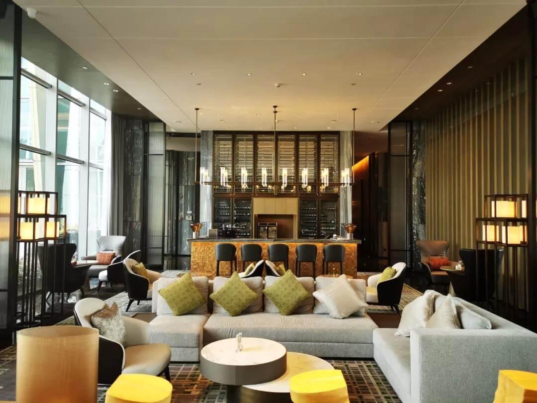 Goodlux three-meters long modern style custom pendant light for hotel lobby bar