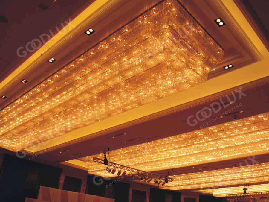 Custom chandelier for Xiamen Crowne Plaza Hotel banquet room